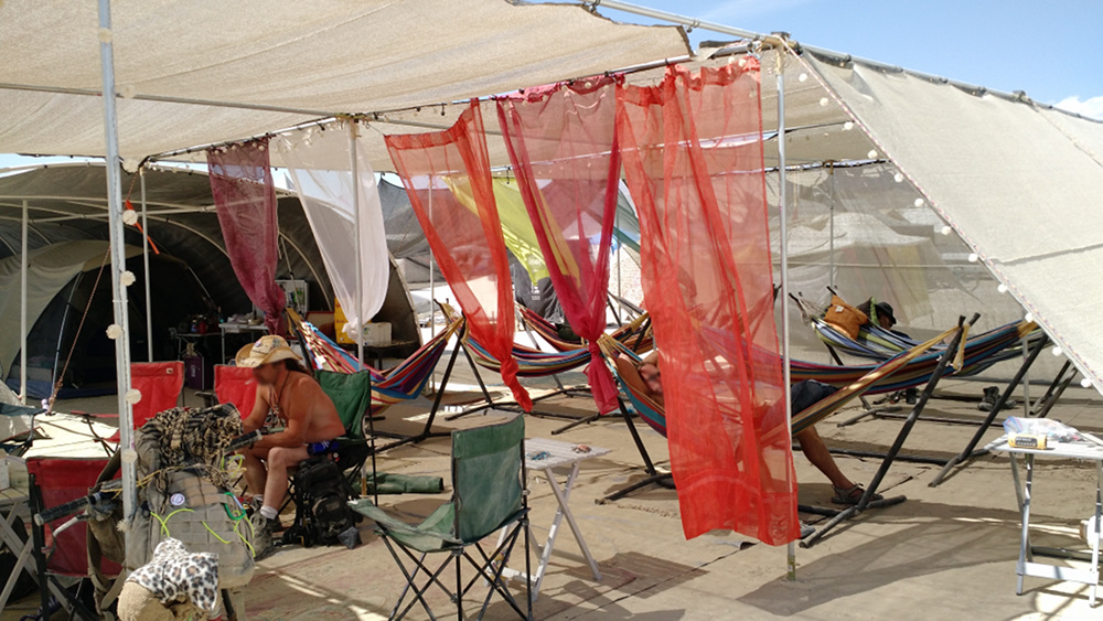 2015 burning man camp - b